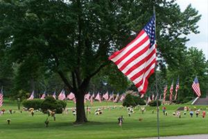 Memorial Day_Avenue-of-Flags